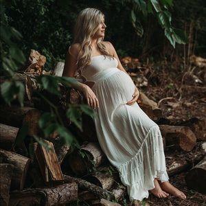 Dresses & Skirts - Boho maxi/maternity dress